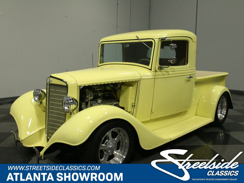 1937 International Truck | Streetside Classics - The