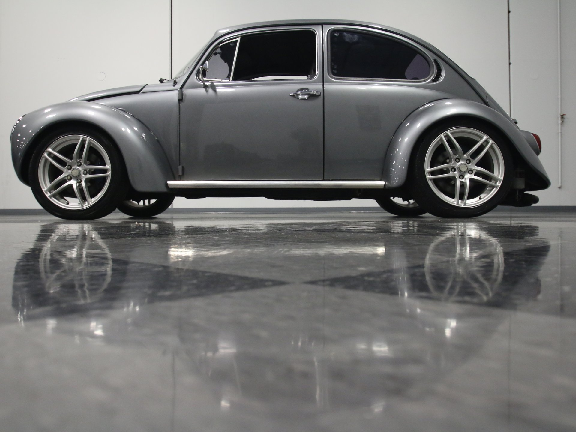 1973 Volkswagen Super Beetle Classic Cars For Sale Streetside Classics The Nation S 1 Consignment Dealer
