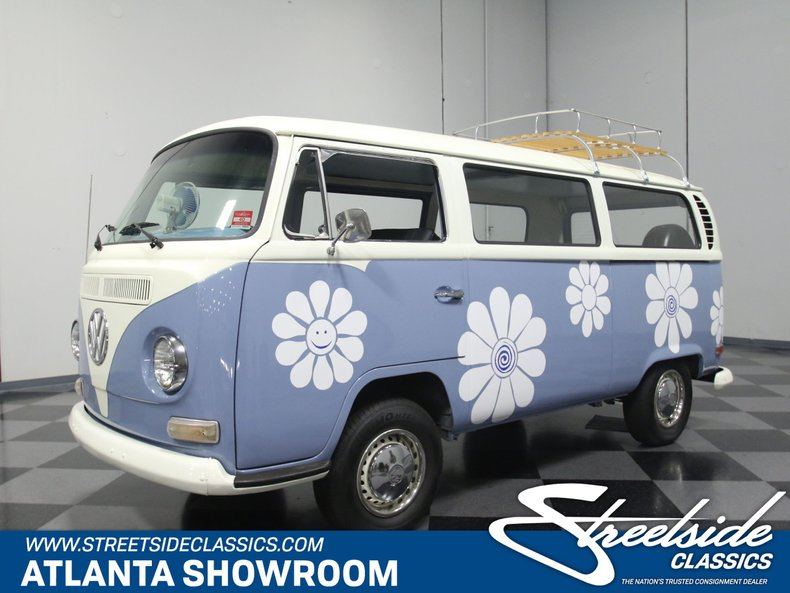 For Sale: 1971 Volkswagen Transporter