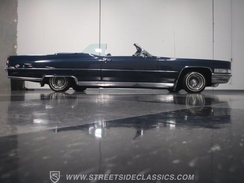 1969 Cadillac Coupe DeVille 34