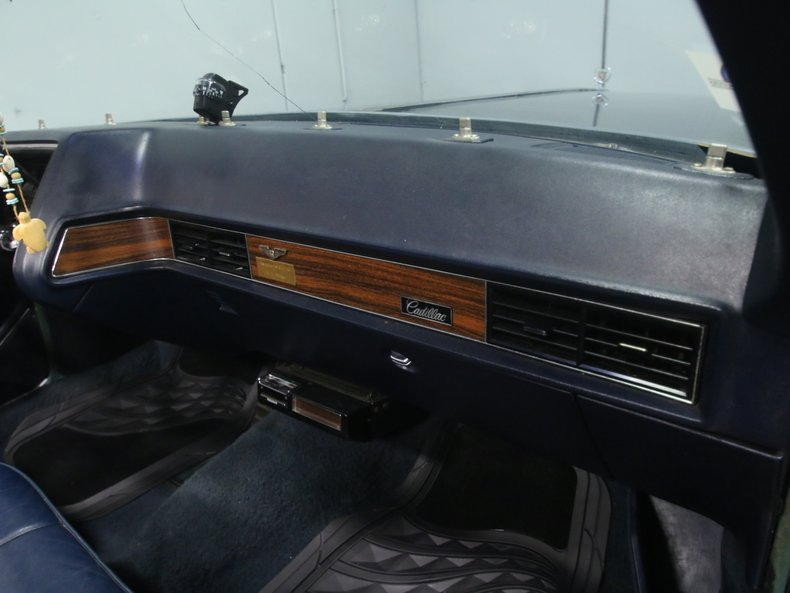 1969 Cadillac Coupe DeVille 62