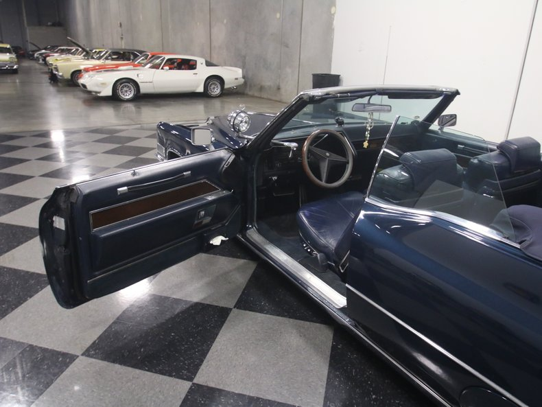 1969 Cadillac Coupe DeVille 47