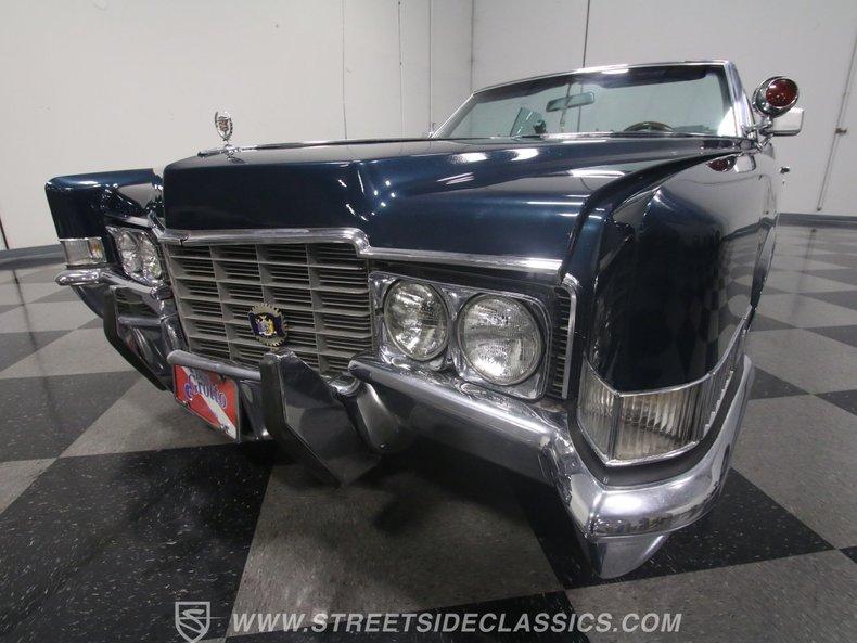 1969 Cadillac Coupe DeVille 71