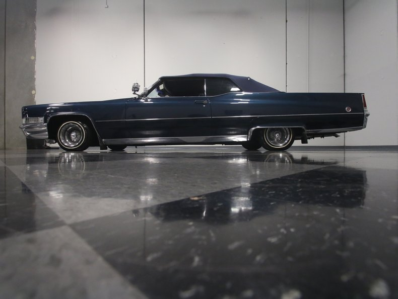 1969 Cadillac Coupe DeVille 16