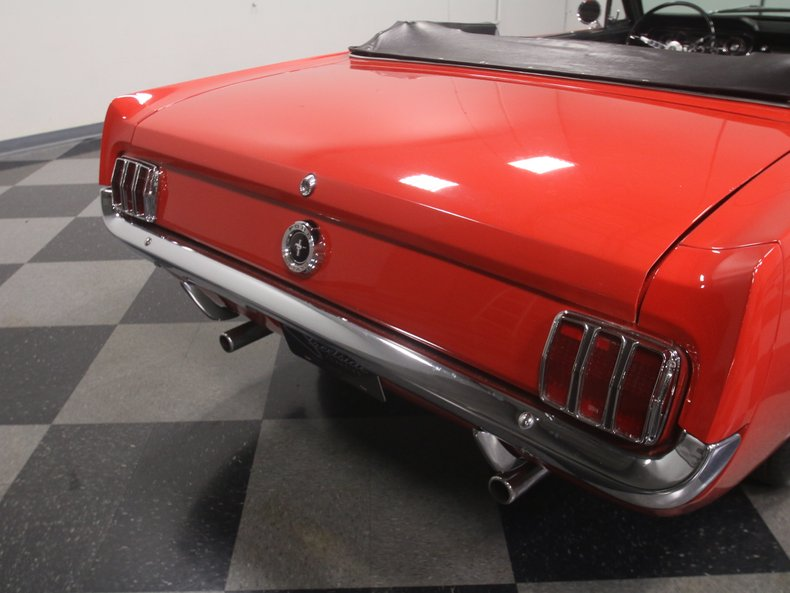 1965 Ford Mustang 31