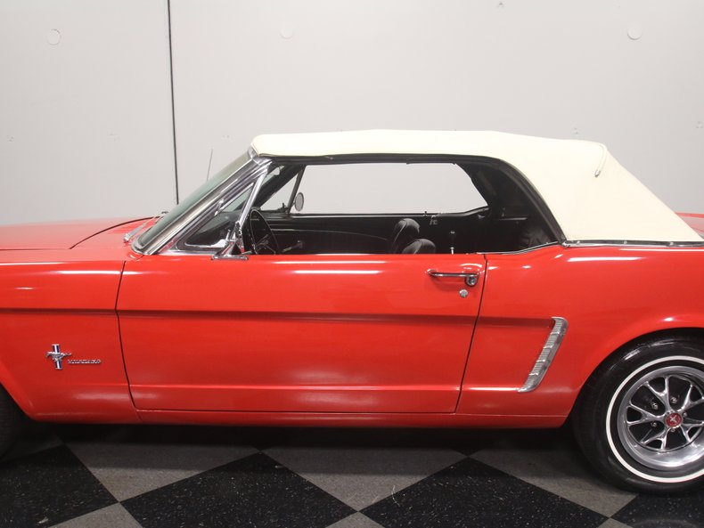 1965 Ford Mustang 21