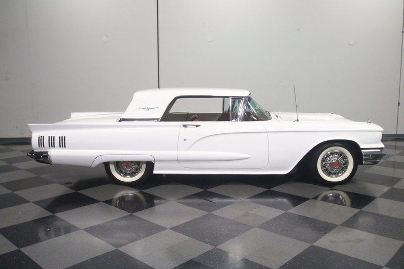 1960 Ford Thunderbird 15