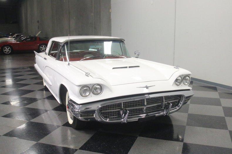 1960 Ford Thunderbird 18