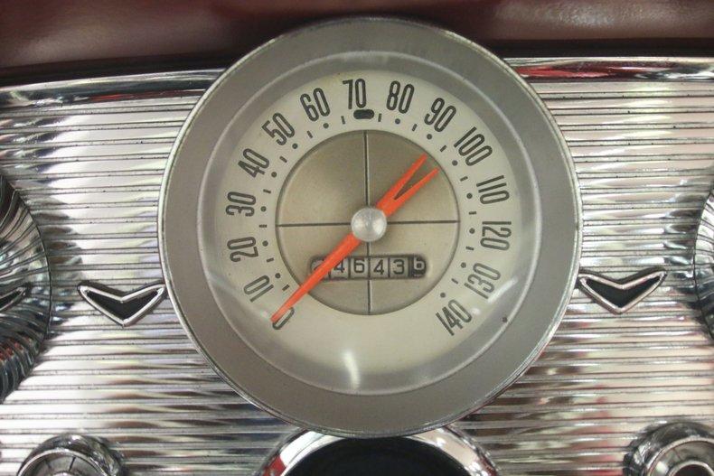 1960 Ford Thunderbird 47