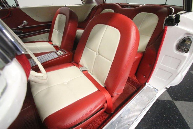 1960 Ford Thunderbird 49