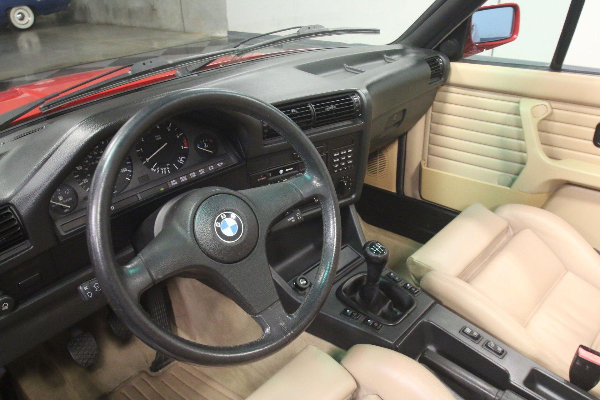 1989 BMW 325i | Streetside Classics - The Nation's Trusted