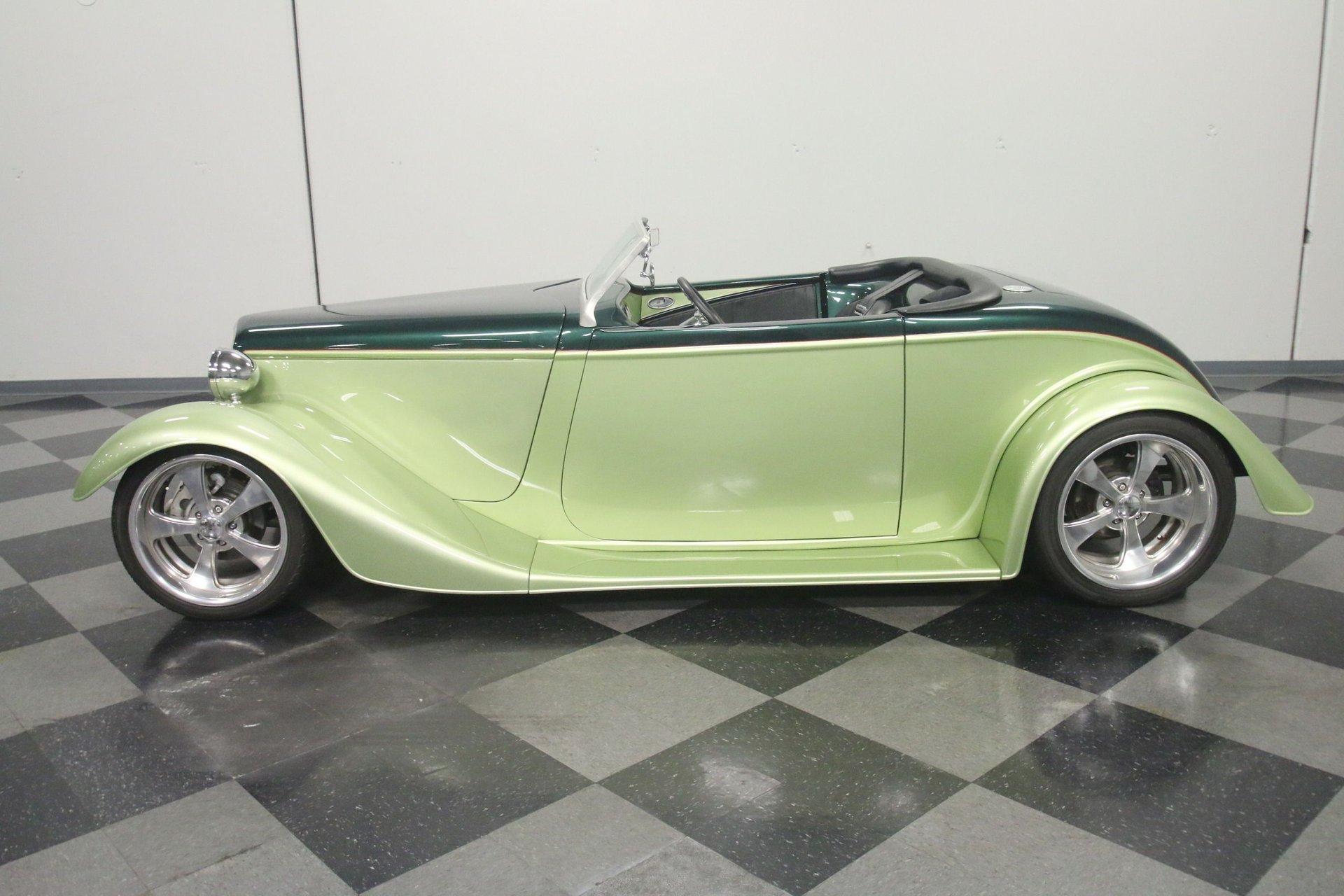 1933 ford roadster replica