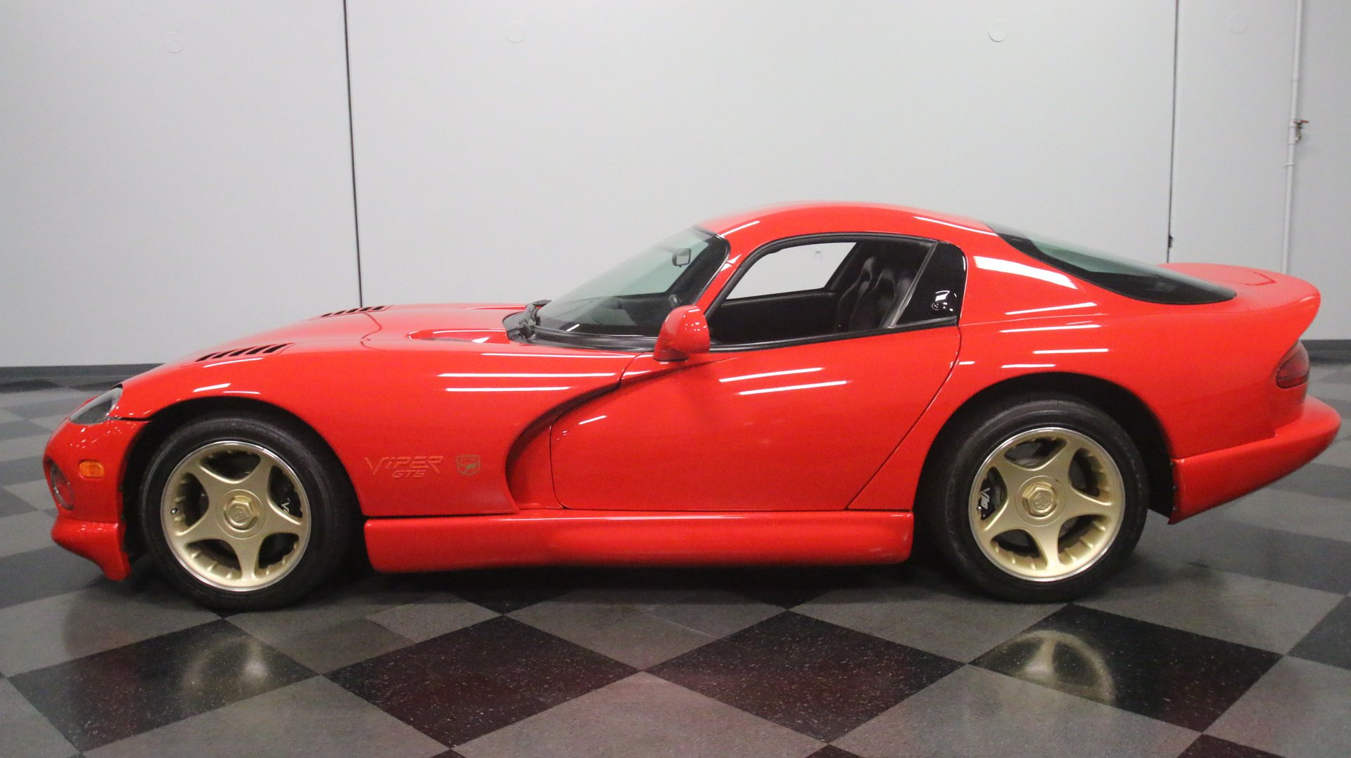 1997 dodge viper gts gold package