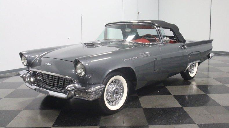 1957 Ford Thunderbird 67