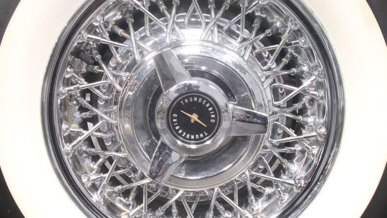 1957 Ford Thunderbird 77