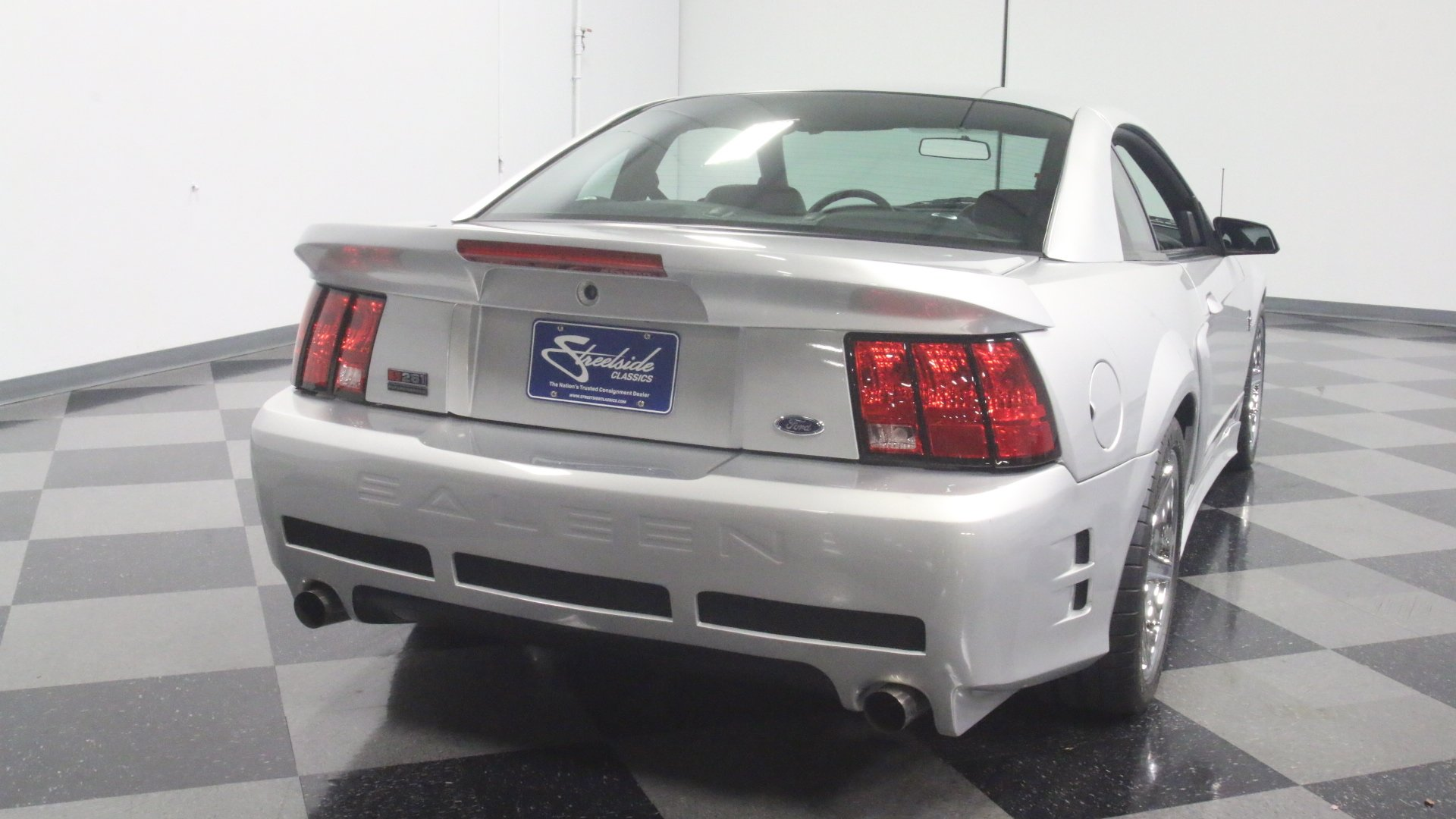 2000 Ford Mustang Streetside Classics The Nation S Trusted