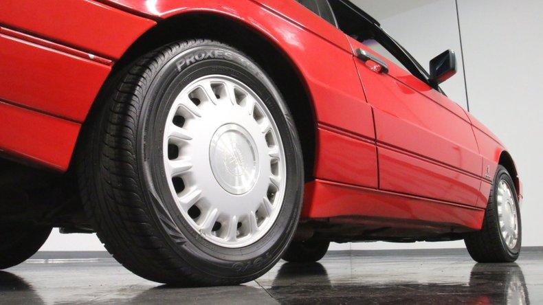 1992 Cadillac Allante 30