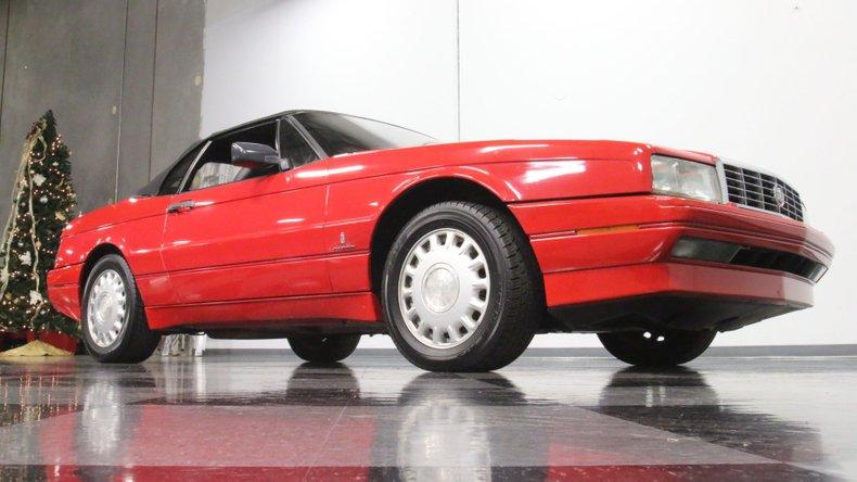 1992 Cadillac Allante 32