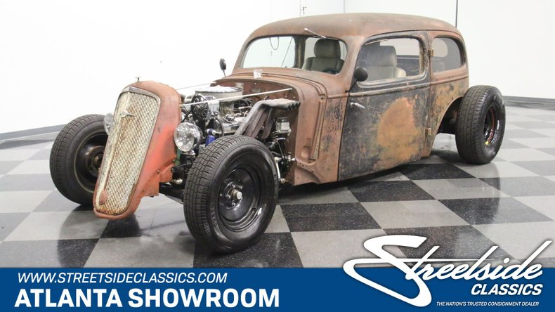 For Sale: 1935 Chevrolet Deluxe