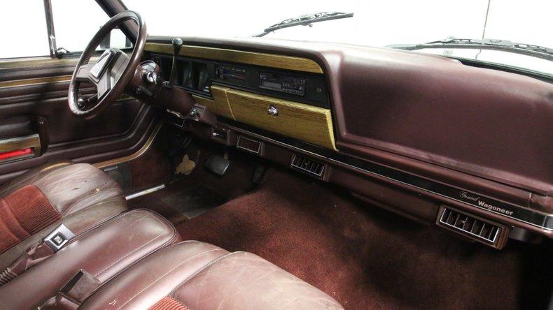 1987 Jeep Grand Wagoneer 59