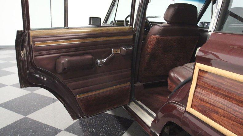 1987 Jeep Grand Wagoneer 48