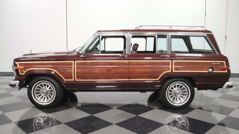 1987 Jeep Grand Wagoneer 2