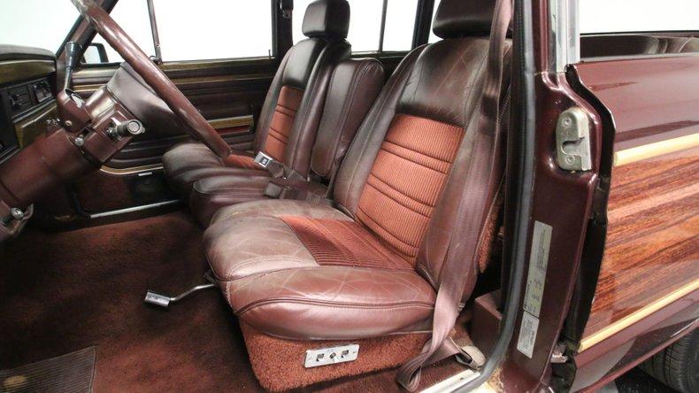 1987 Jeep Grand Wagoneer 47