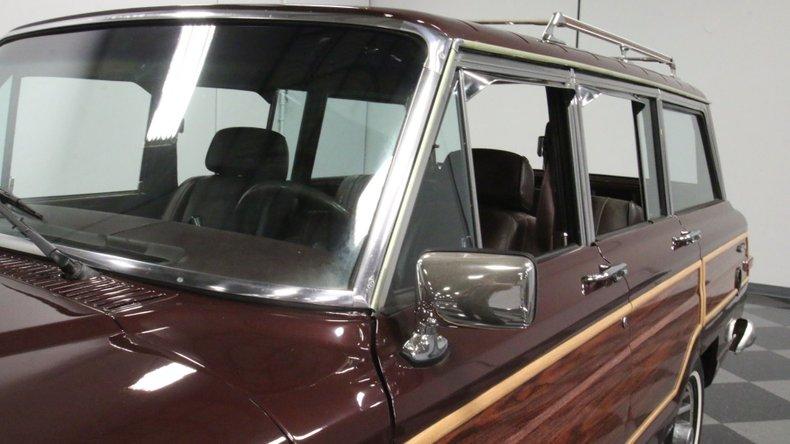 1987 Jeep Grand Wagoneer 75