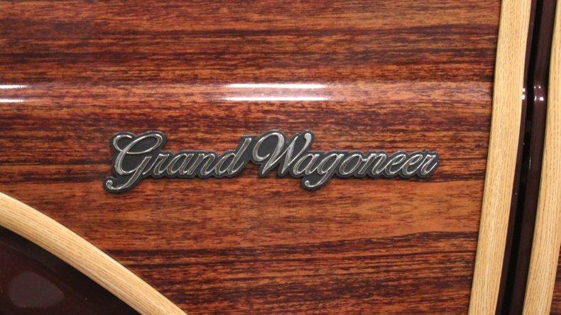 1987 Jeep Grand Wagoneer 76