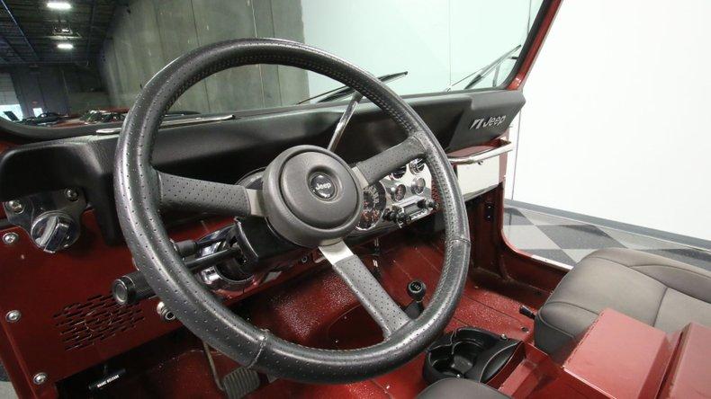 1985 Jeep CJ7 42