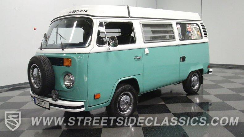 For Sale: 1975 Volkswagen Bus