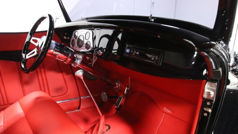 1934 Ford Roadster 52