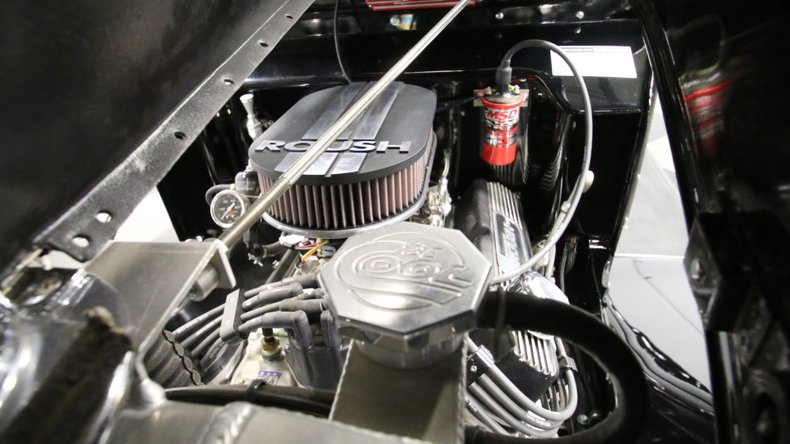 1934 Ford Roadster 3