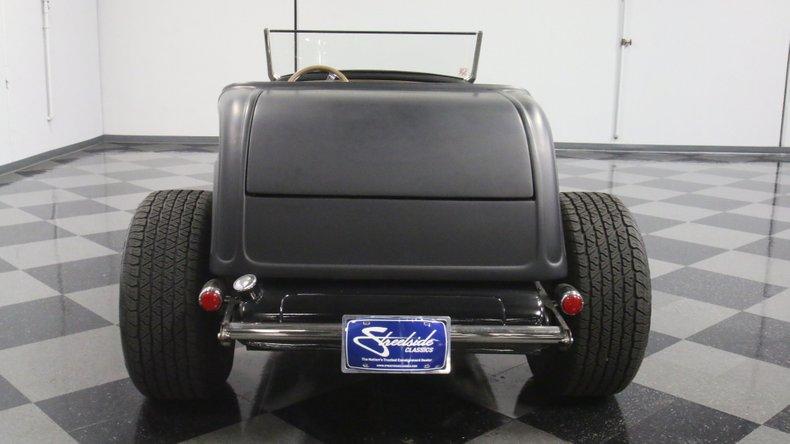 1932 Ford Highboy 11