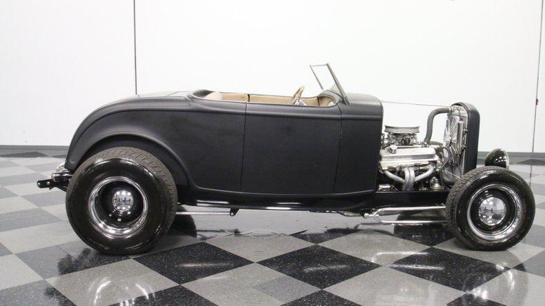 1932 Ford Highboy 15