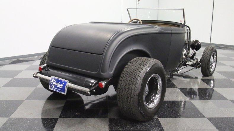 1932 Ford Highboy 13