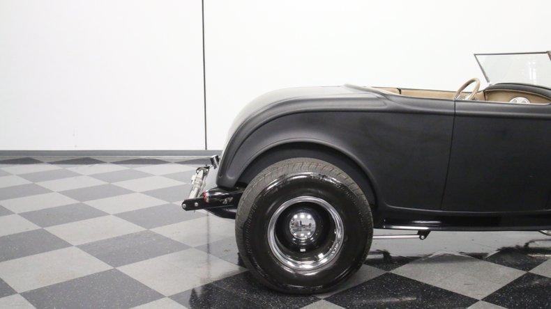 1932 Ford Highboy 30