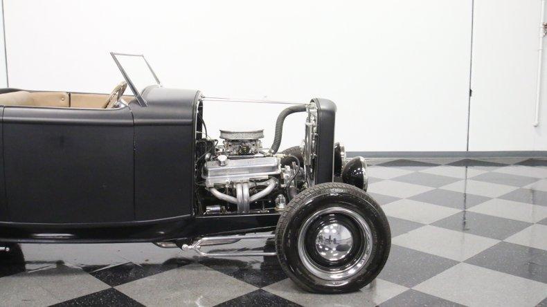 1932 Ford Highboy 31