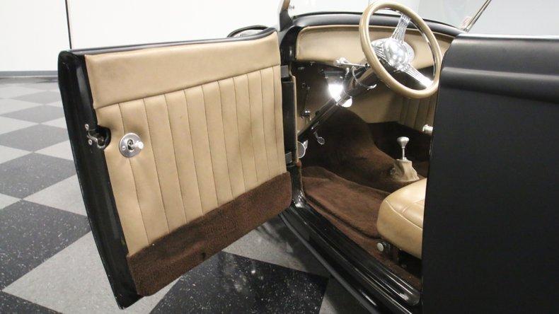 1932 Ford Highboy 36