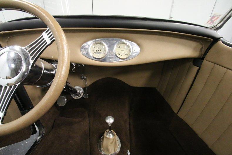 1932 Ford Highboy 44