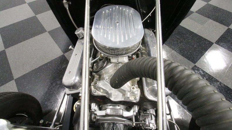 1932 Ford Highboy 3