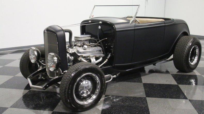 1932 Ford Highboy 33