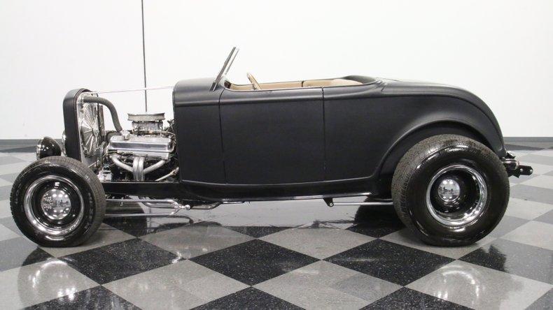 1932 Ford Highboy 7