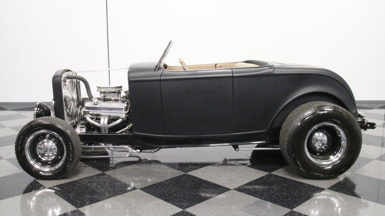1932 Ford Highboy 2
