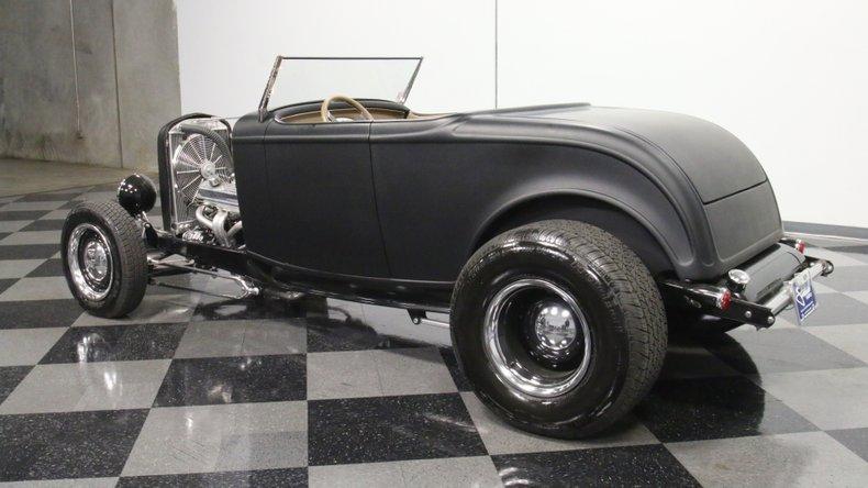 1932 Ford Highboy 8