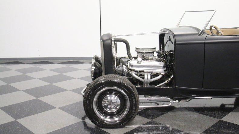 1932 Ford Highboy 24