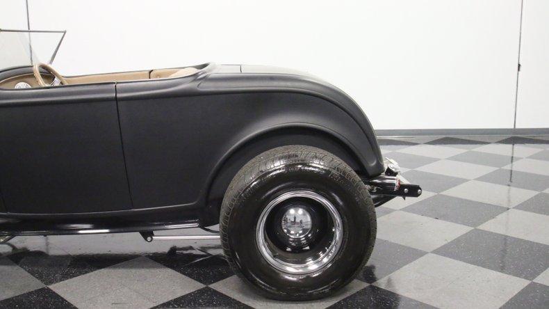 1932 Ford Highboy 25