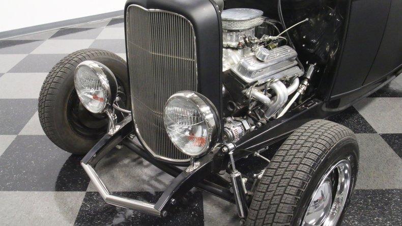 1932 Ford Highboy 22