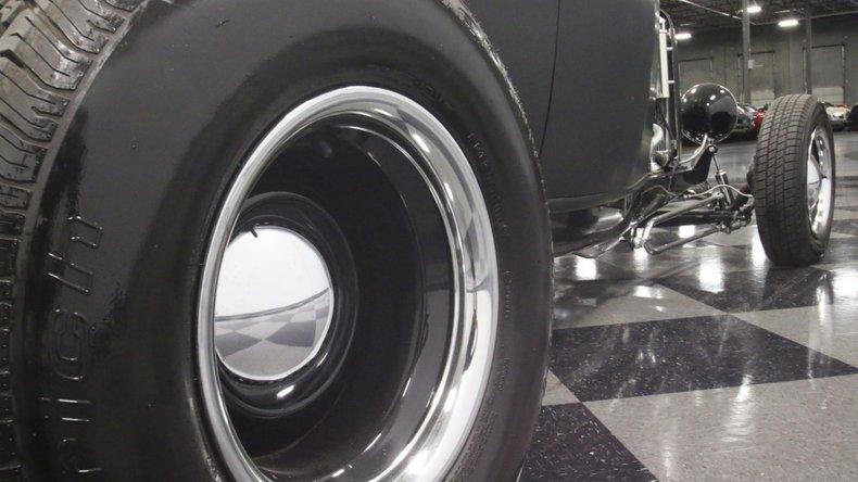 1932 Ford Highboy 59