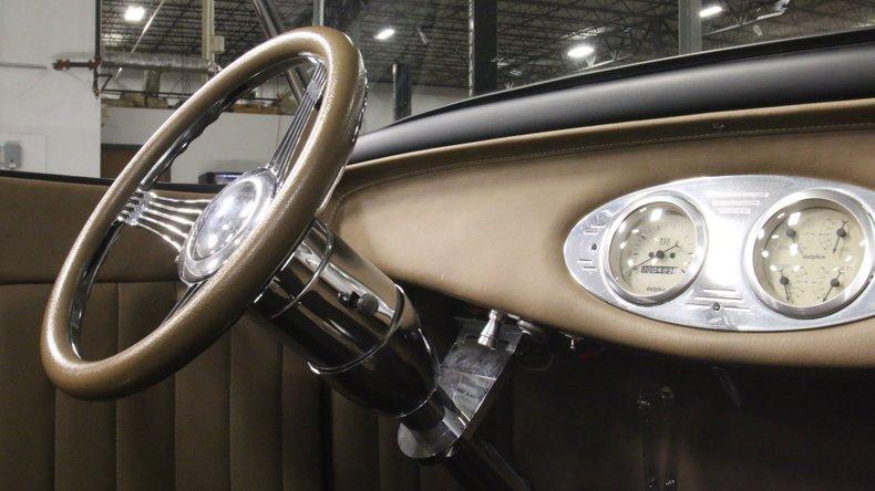 1932 Ford Highboy 48